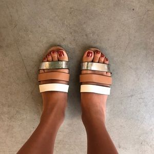 Cutest Zara slides ever!